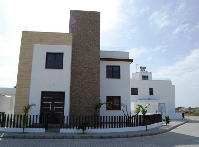 Purchase of villas in Oroklini village 10850